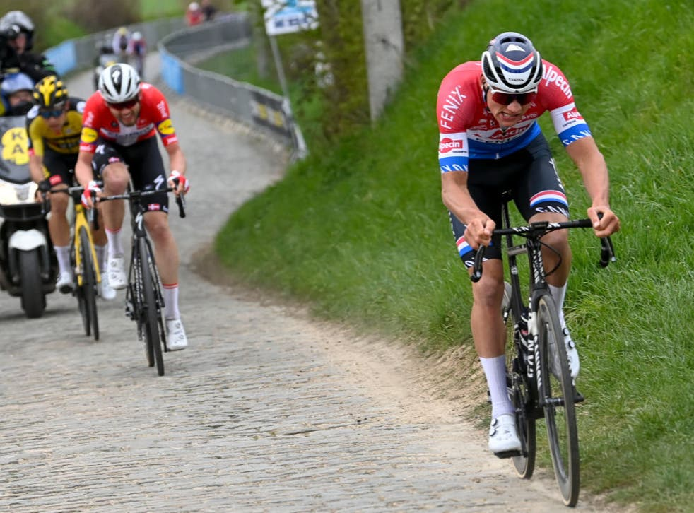 <p>Van der Poel's relentless attacks ultimately cost him on Sunday</p>