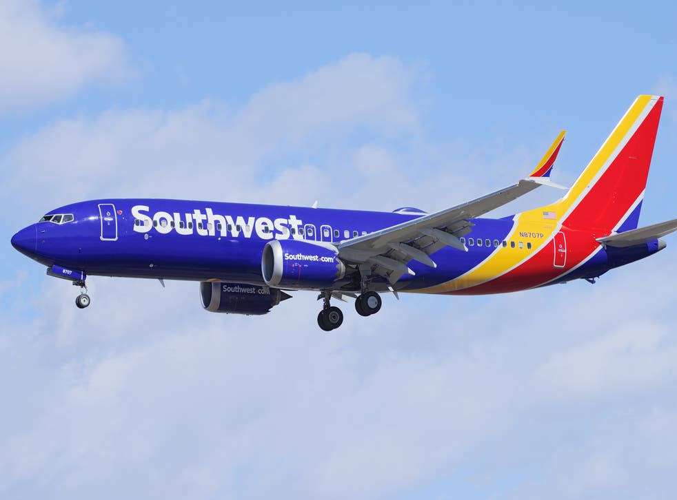 <p>Southwest Airlines was upholding a federal mask mandate</p>