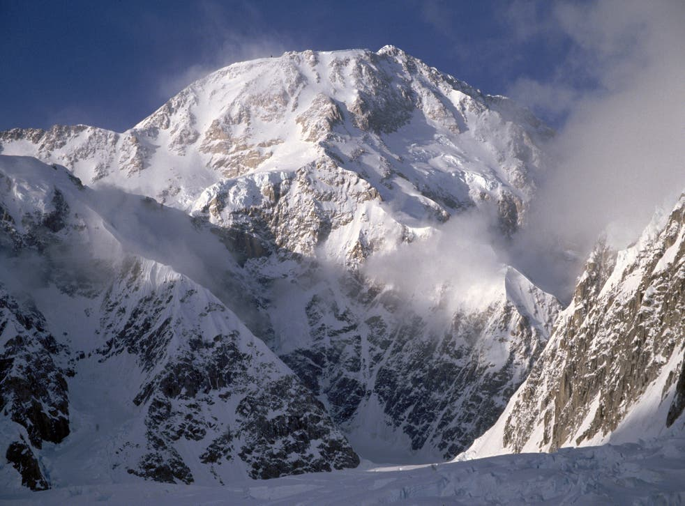 <p>Five adventurers abandoned their planes on Ruth Glacier in Denali National Park, Alaska, and skied through a heavy snowstorm </p>