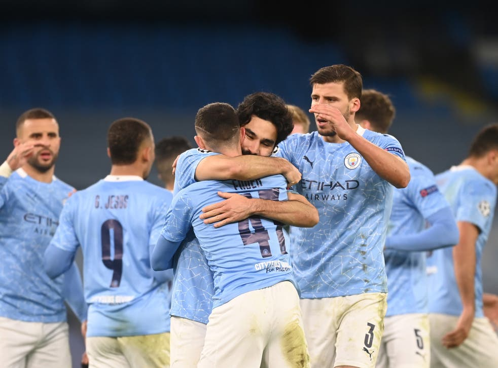 <p>Phil Foden (centre) scored the winner for Man City in the last minute</p>