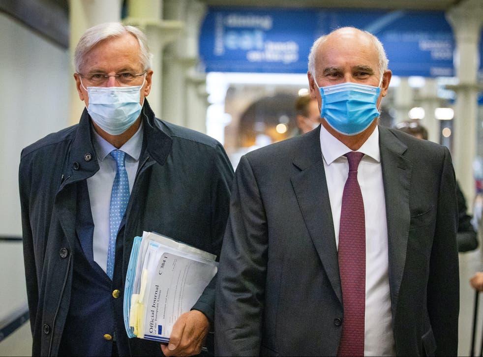 <p>João Vale de Almeida (right) with Brexit negotiator Michel Barnier, in London last year</p>