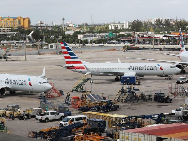 <p>Boeing aún no ha revelado las otras aerolíneas afectadas por el anuncio, pero la compañía dijo que trabajaría con sus clientes para reparar los aviones.</p>