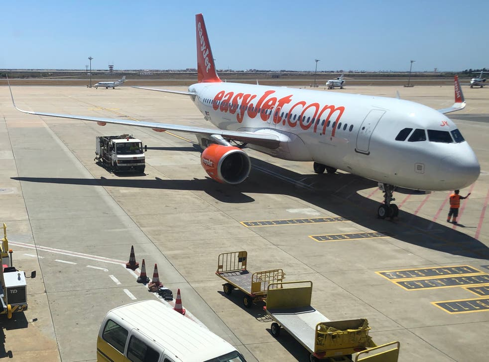 <p>Wish list: an easyJet Airbus A320 at Faro airport in Portugal  </p>