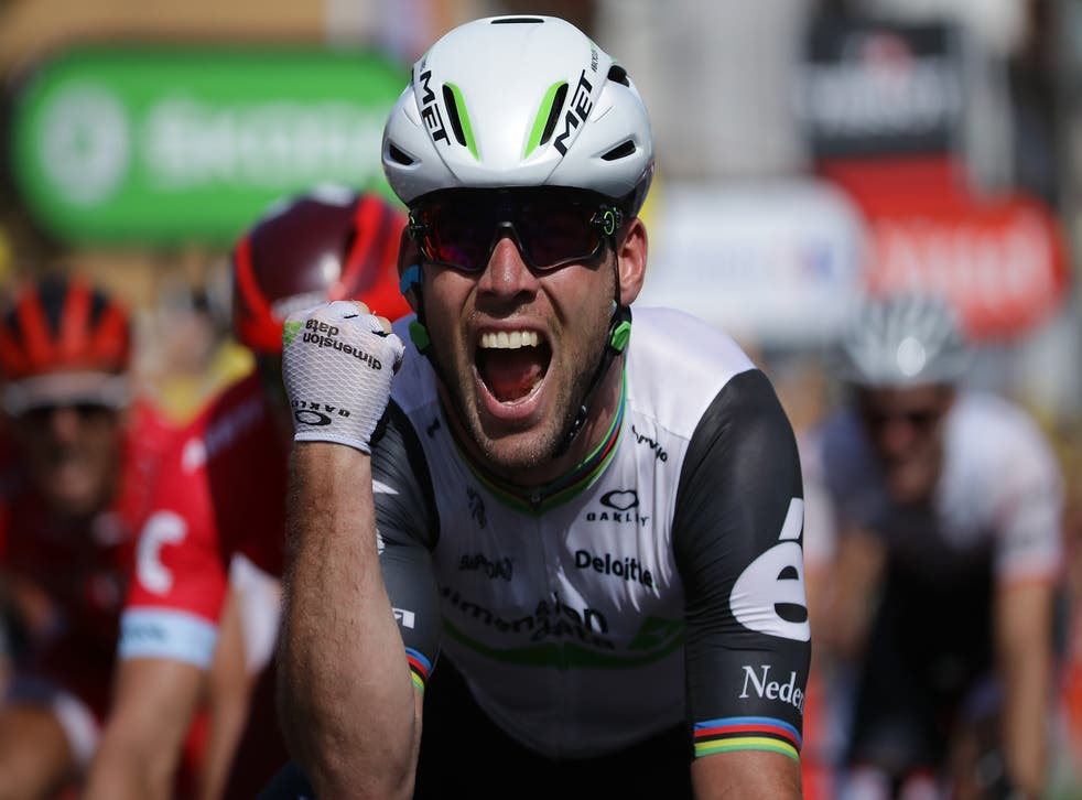 Mark Cavendish winning stage six in the 2016 Tour de France
