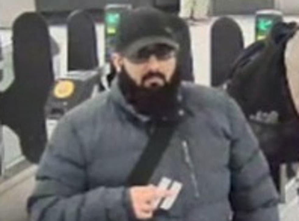 Usman Khan at Bank station on his way to Fishmongers' Hall in London on 29 November 2019