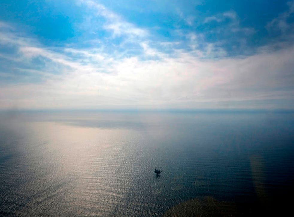 <p>UK's North Sea oil and gas plan is 'not ambitious enough', says CCC chair</p>