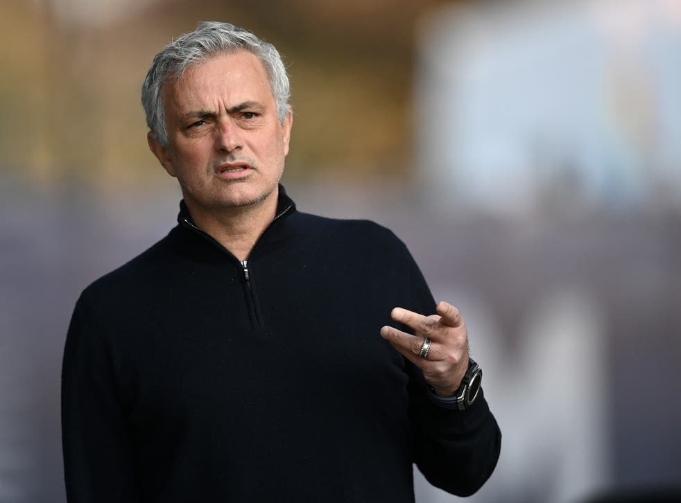 Jose Mourinho issues blunt response to Paul Pogba's criticism of his  management at Manchester United | The Independent