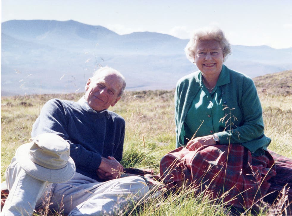 <p>The royals are pictured relaxing at Coyles of Muick, a beauty spot near the town of Ballater in Aberdeenshire</p>