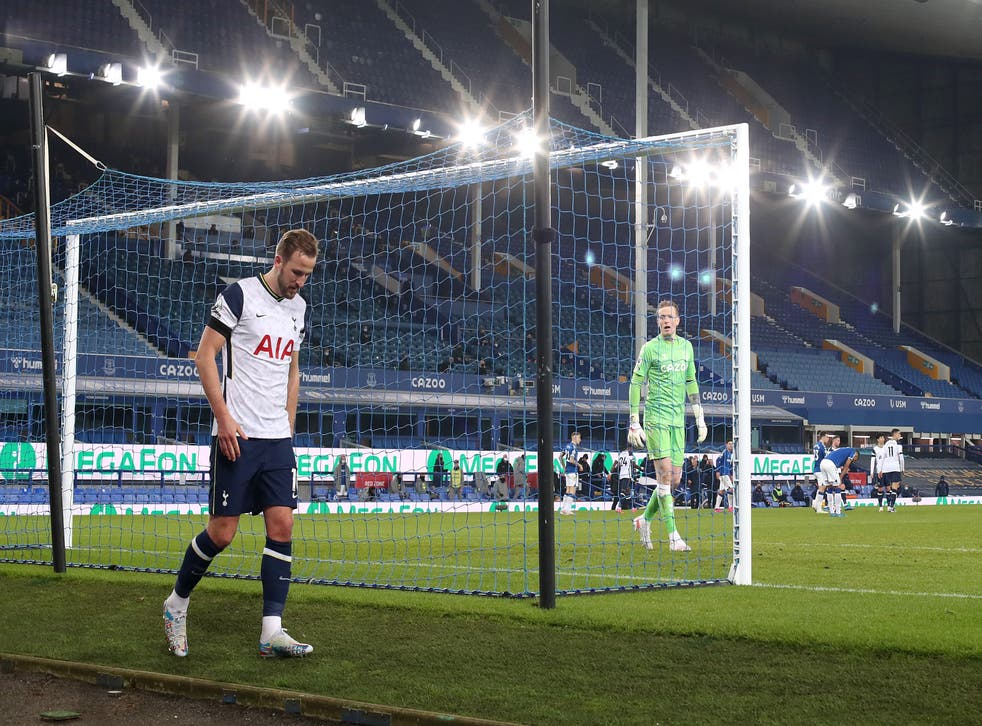 Harry Kane limps away at the end of the match