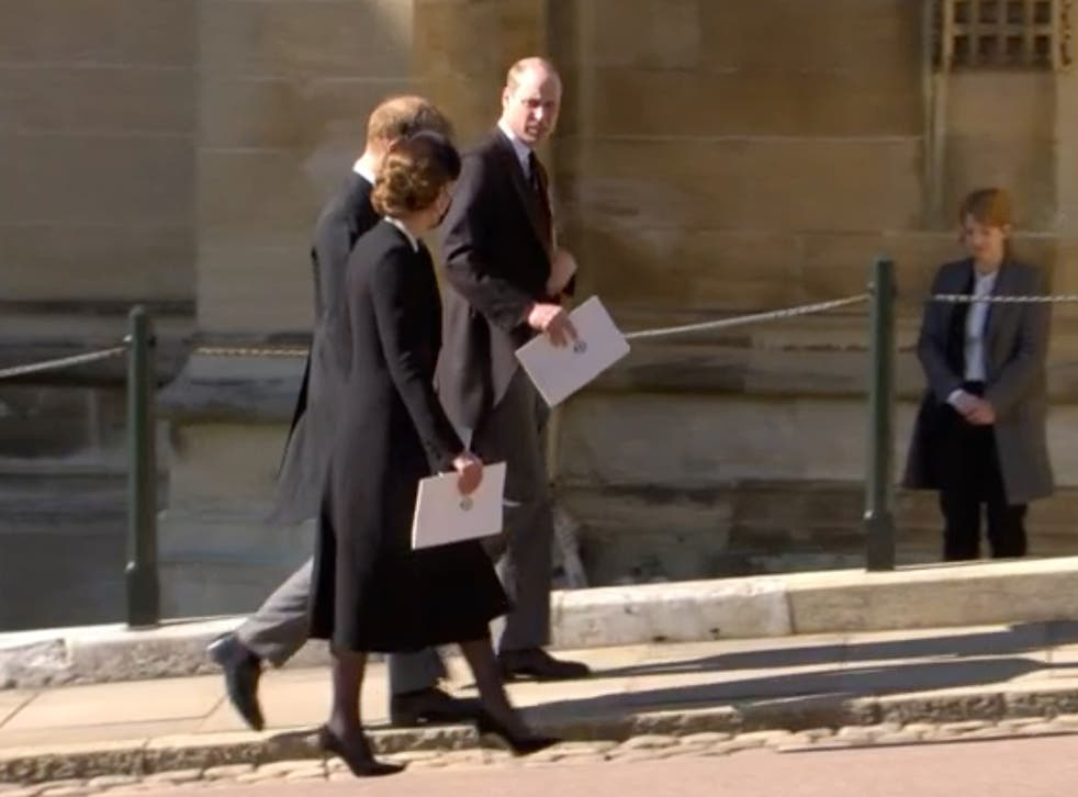 <p>Harry, William and Kate leaving funeral together</p>