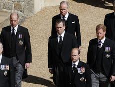Según los informes, el príncipe William pidió que se apartara de Harry en la procesión del funeral del príncipe Felipe