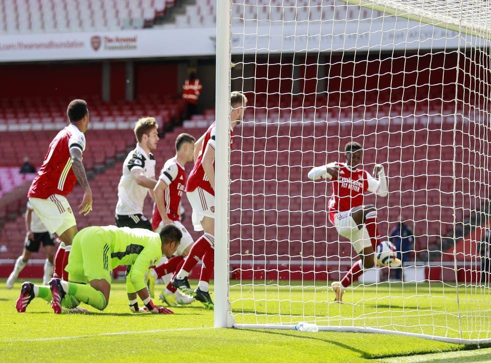 Eddie Nketiah taps home Arsenal's late equaliser
