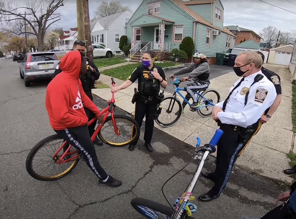 <p>Police arrested a Black teenager and confiscated four of his friends' bicycles in Perth Amboy, New Jersey</p>