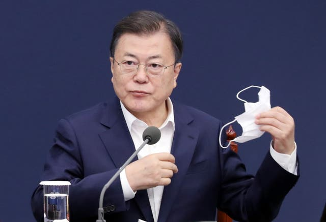 <p>President Moon Jae-in during a meeting with his senior secretaries at the presidential office Cheong Wa Dae in Seoul</p>