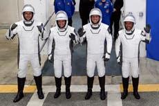 SpaceX lanza misión tripulada a EEI con cohete reutilizado
