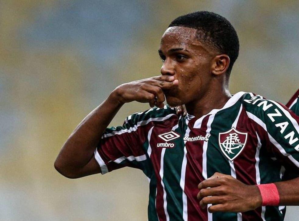 Kayky celebrates after scoring for Fluminense