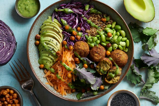 <p>Level up your lunchtime with this light and refreshing vegan buddha bowl</p>