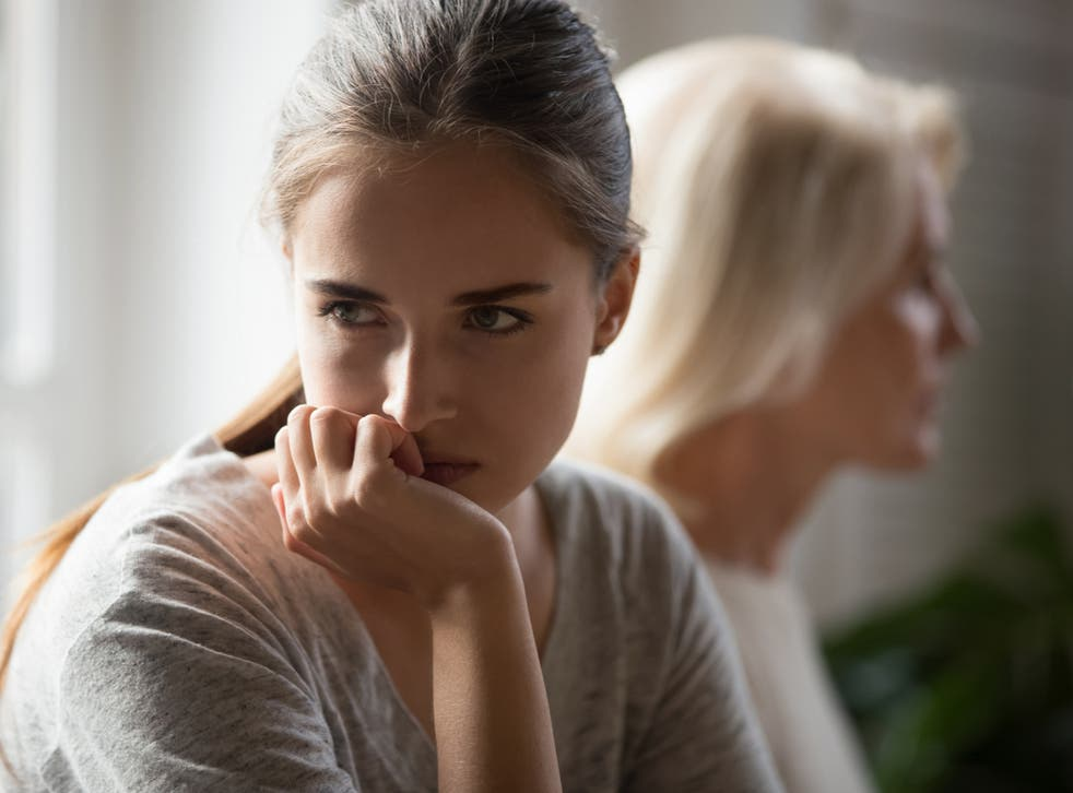 <p>The daughter's new boyfriend has been complaining about the situation</p>