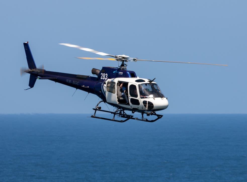 Una foto de archivo de un helicóptero AS350 similar al que se estrelló en el Ártico canadiense el domingo.