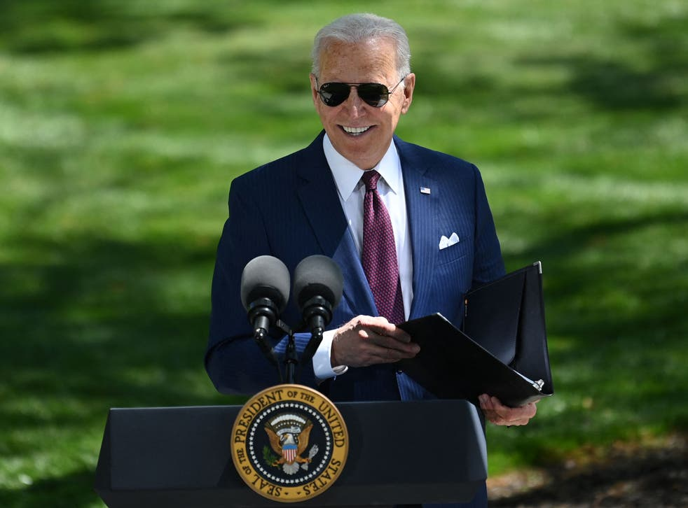 <p>Delivering remarks on the new CDC rules, Joe Biden emerged from the White House with a mask on, but returned in his trademark aviator sunglasses</p>