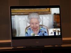 Reina Isabel II retoma compromisos públicos