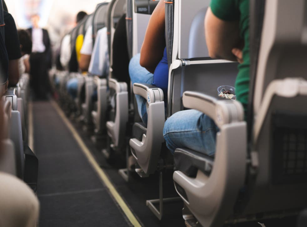 Boarding the aircraft at random can lower the risk of infection