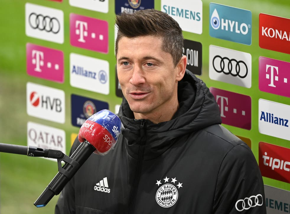 <p>Robert Lewandowski has been out since March with a knee injury</p>