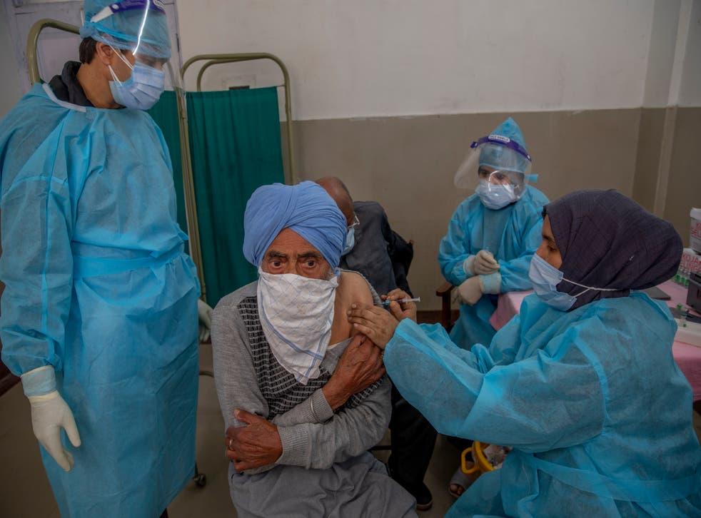 APTOPIX Virus Outbreak India Kashmir