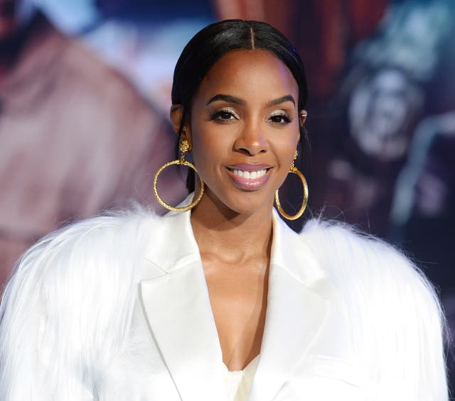 Kelly Rowland in December 2019