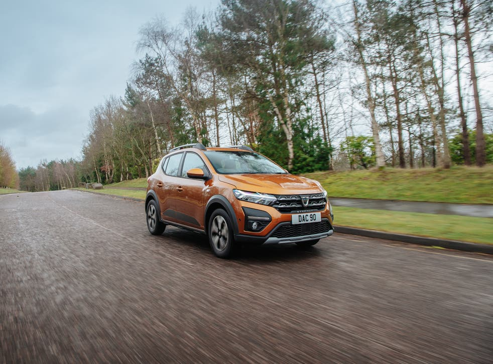 <p>For a range that starts at £7,995 in truly basic trim, the Sandero remains something of a motoring wonder</p>