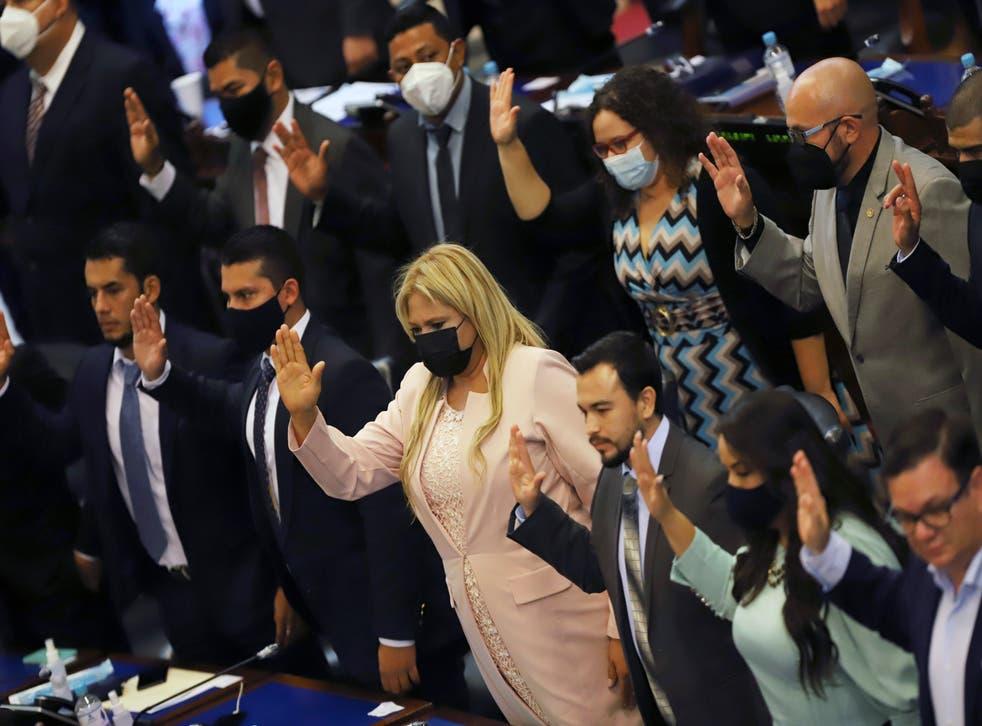 EL SALVADOR-CRISIS POLITICA