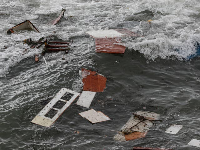 <p>Related video: Dozens injured after vessel overturns off San Diego coast in apparent smuggling operation</p>
