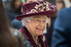 Queen stresses need for 'reconciliation and understanding' on Northern Ireland centenary