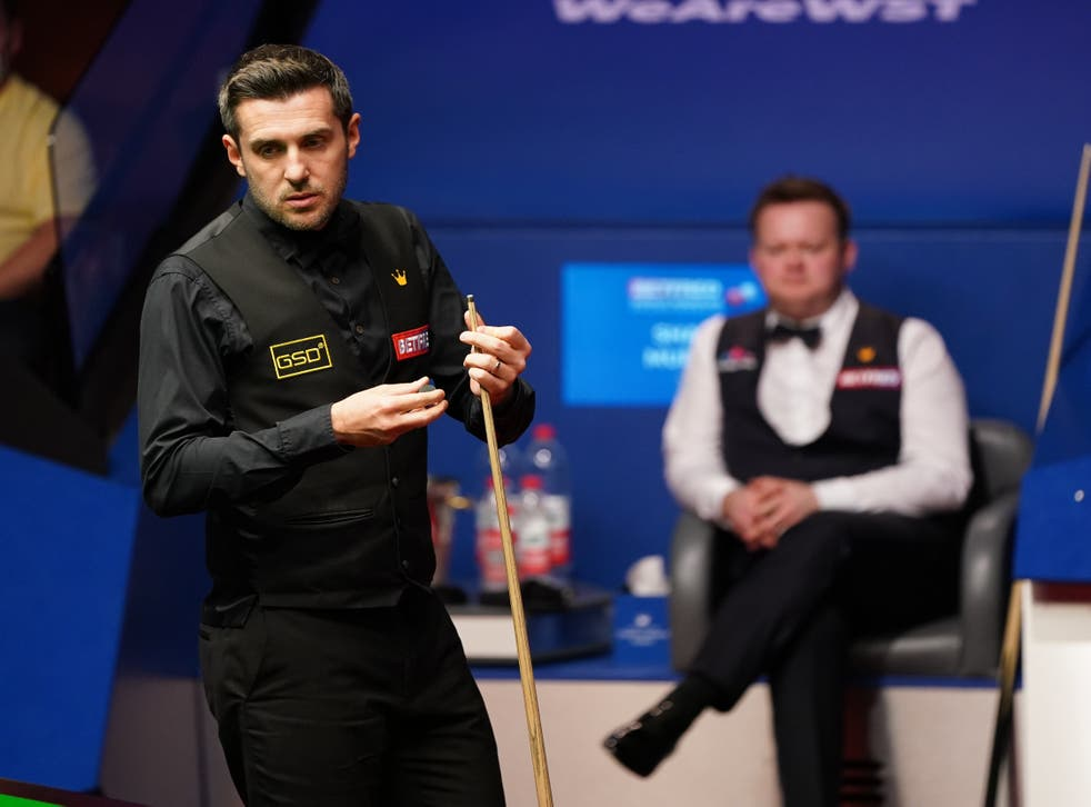 Mark Selby at the table in the final against Shaun Murphy