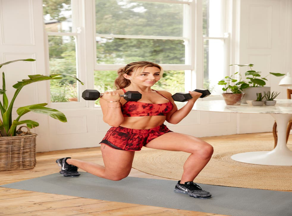 Courtney Black doing a home workout