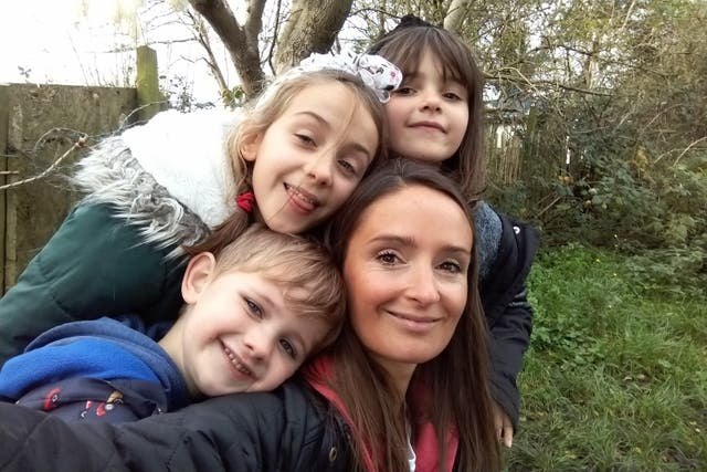 <p>Keely Mitchell with her three children</p>