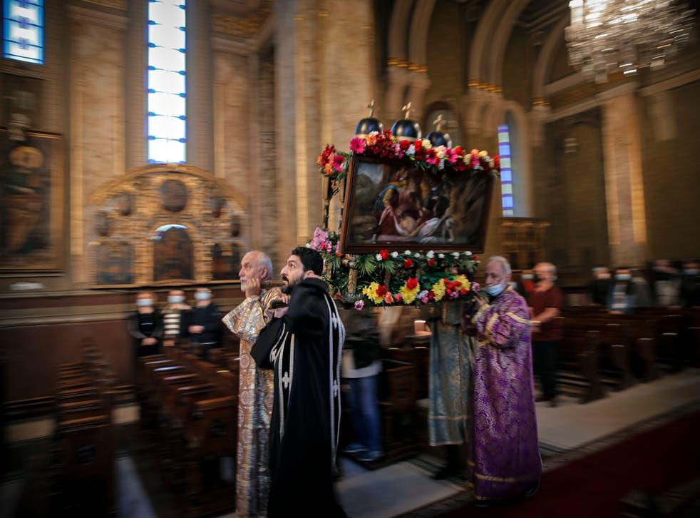 Romania Armenians Easter Photo Gallery