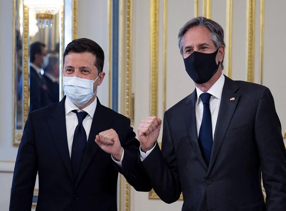 <p>US Secretary of State Antony Blinken (right) and Ukrainian President Volodymyr Zelensky</p>