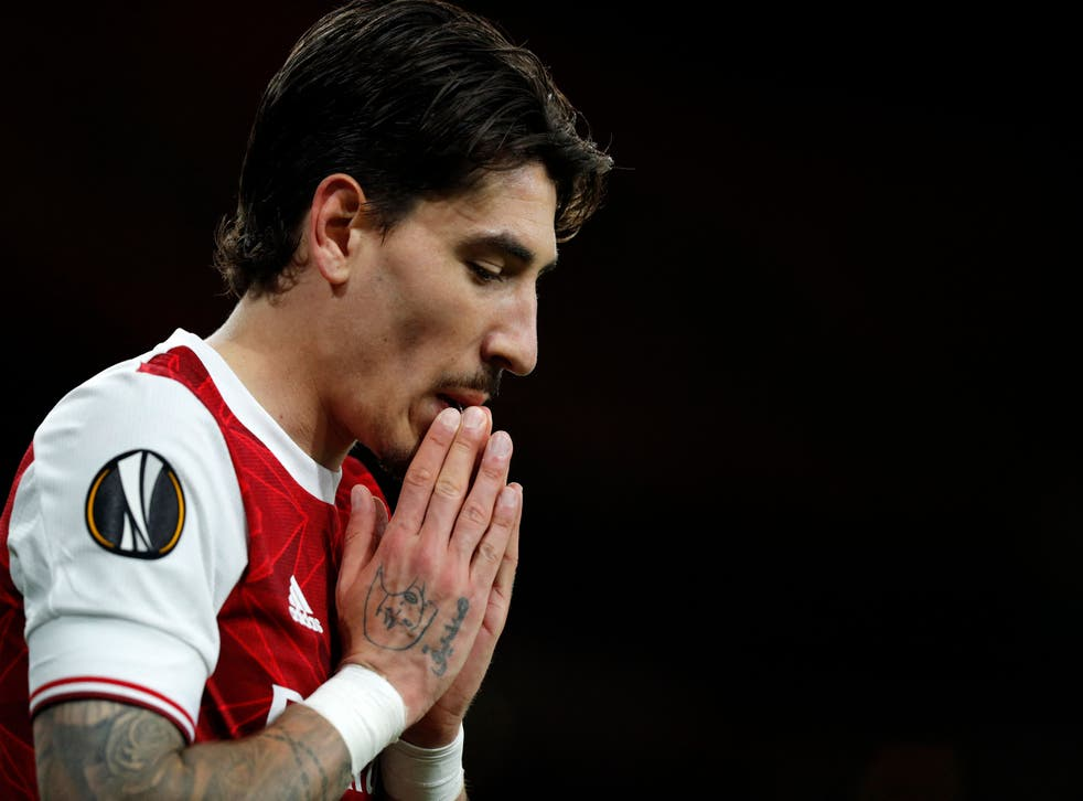 Hector Bellerin reacts after defeat to Villarreal