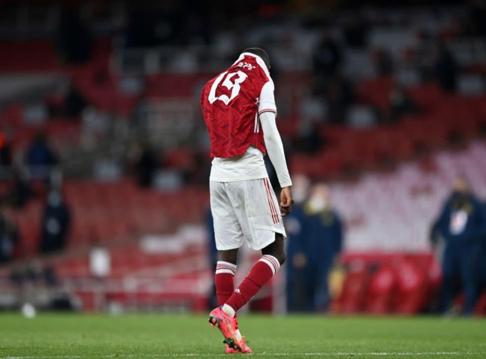 Nicolas Pepe of Arsenal looks dejected