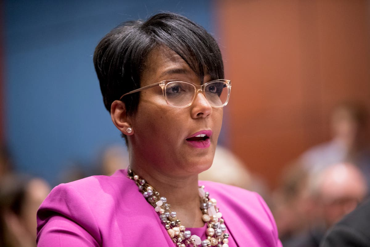 Atlanta Mayor Keisha Lance Bottoms not seeking reelection Kamala Harris United States City hall Joe Biden Virginia