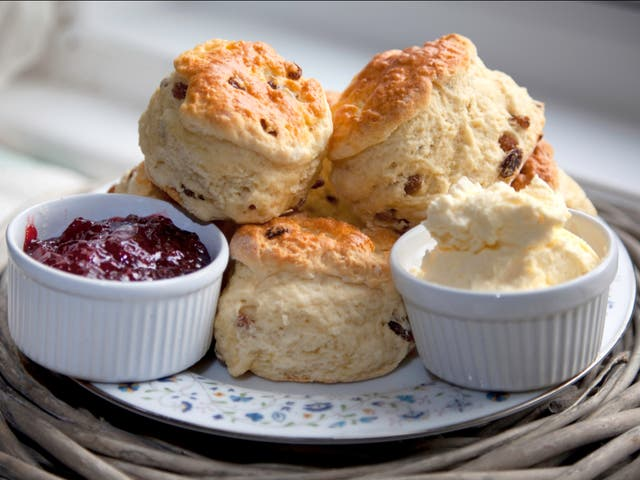 <p>Sainsbury's has taken down an advert in a branch in Cornwall that showed scones with cream, followed by jam, on them after outraged residents complained</p>