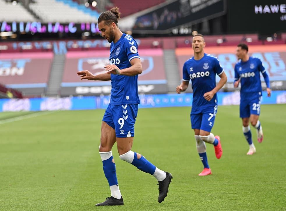 Dominic Calvert-Lewin celebrates scoring Everton's winning goal