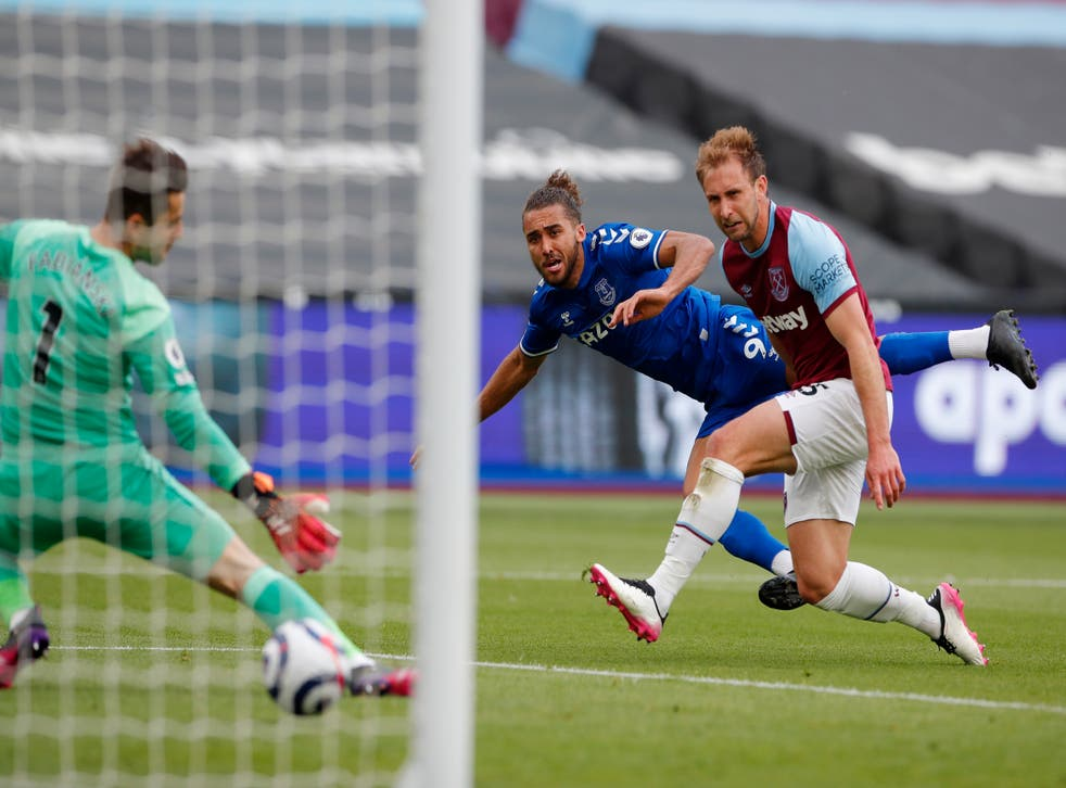 <p>Everton boosted their hopes of qualifying for Europe with a win at West Ham</p>