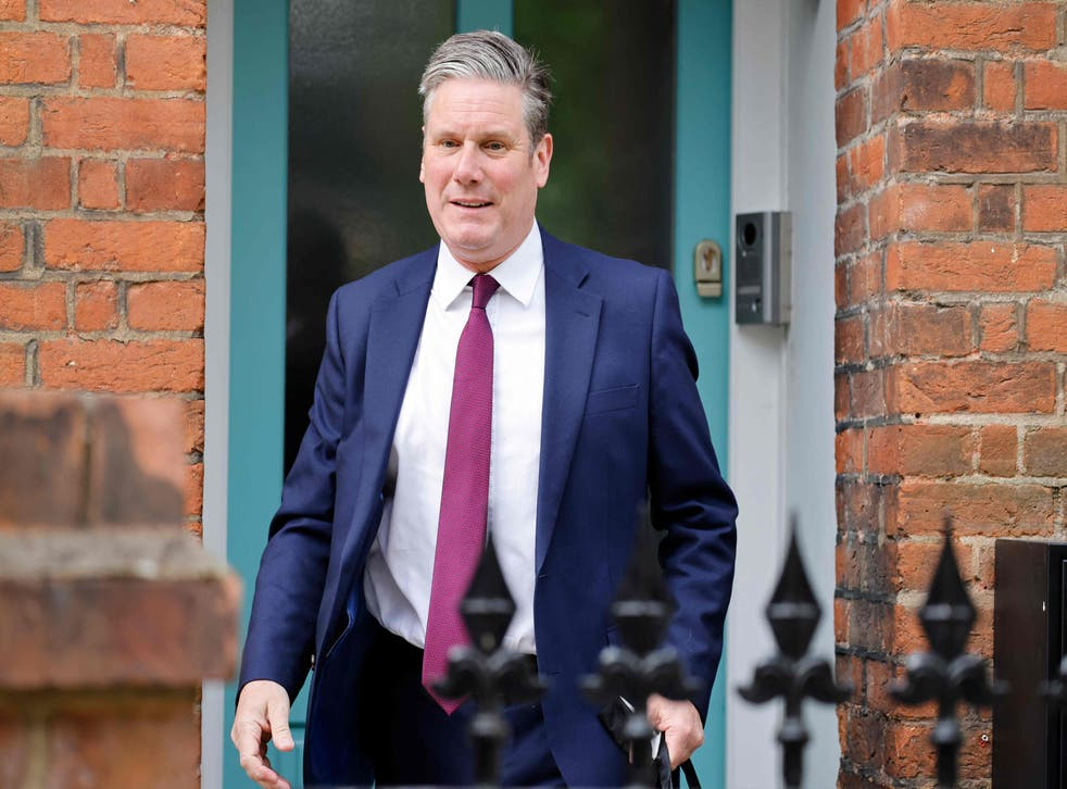 Keir Starmer leaves his home in North London