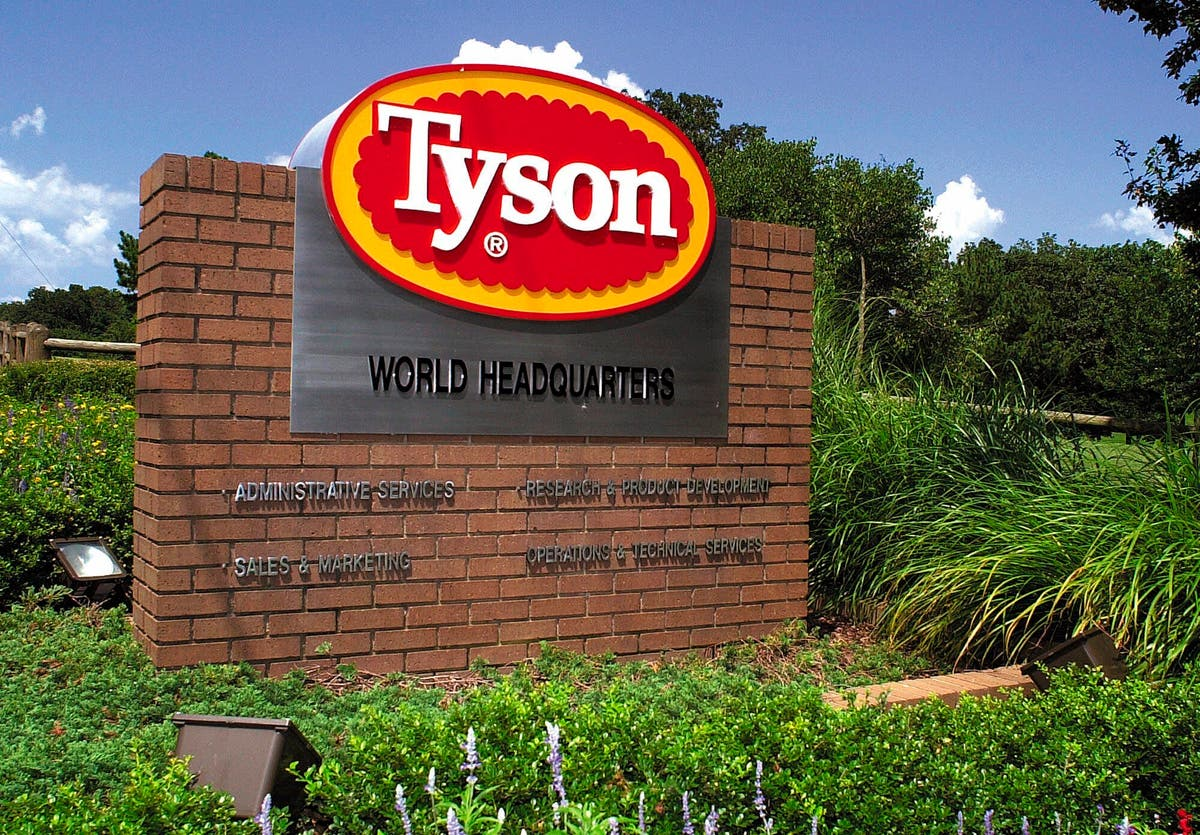 Tyson raising pay to keep up as US chicken demand soars Beef Tyson Arkansas Wall Street Iowa
