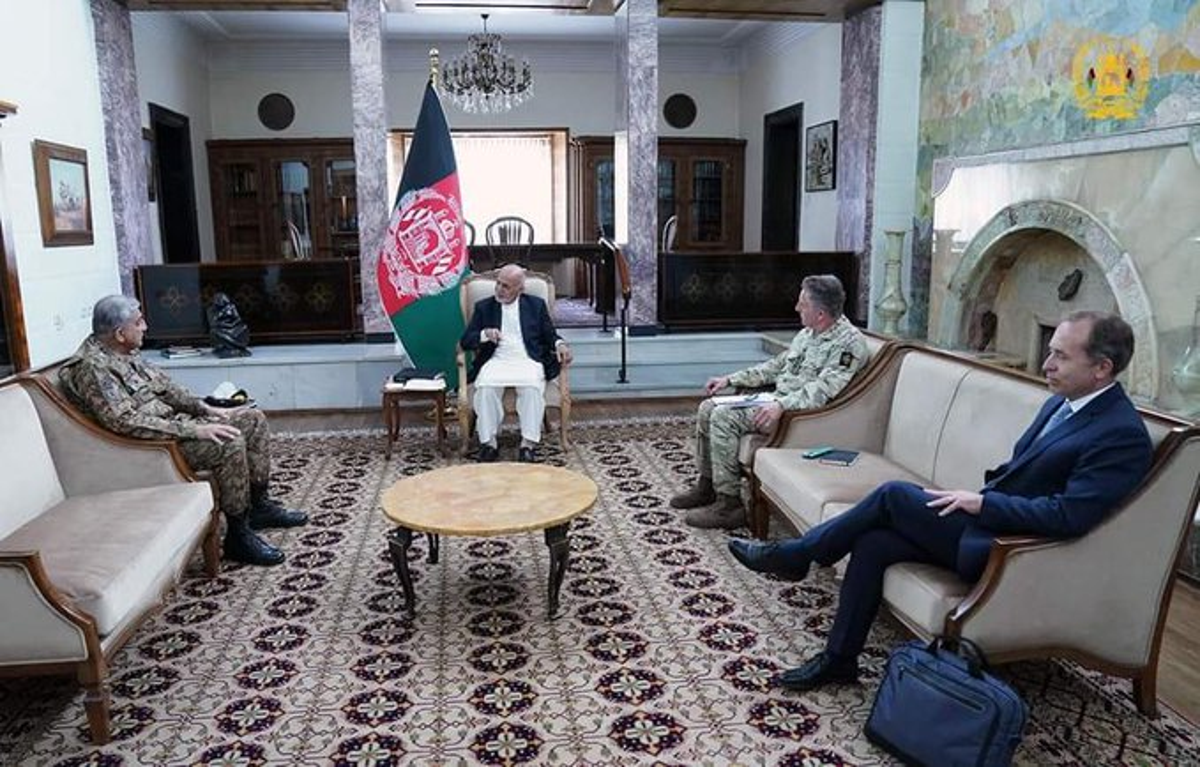 British general plays key role in Afghanistan, Pakistan talks as international troops prepare to leave