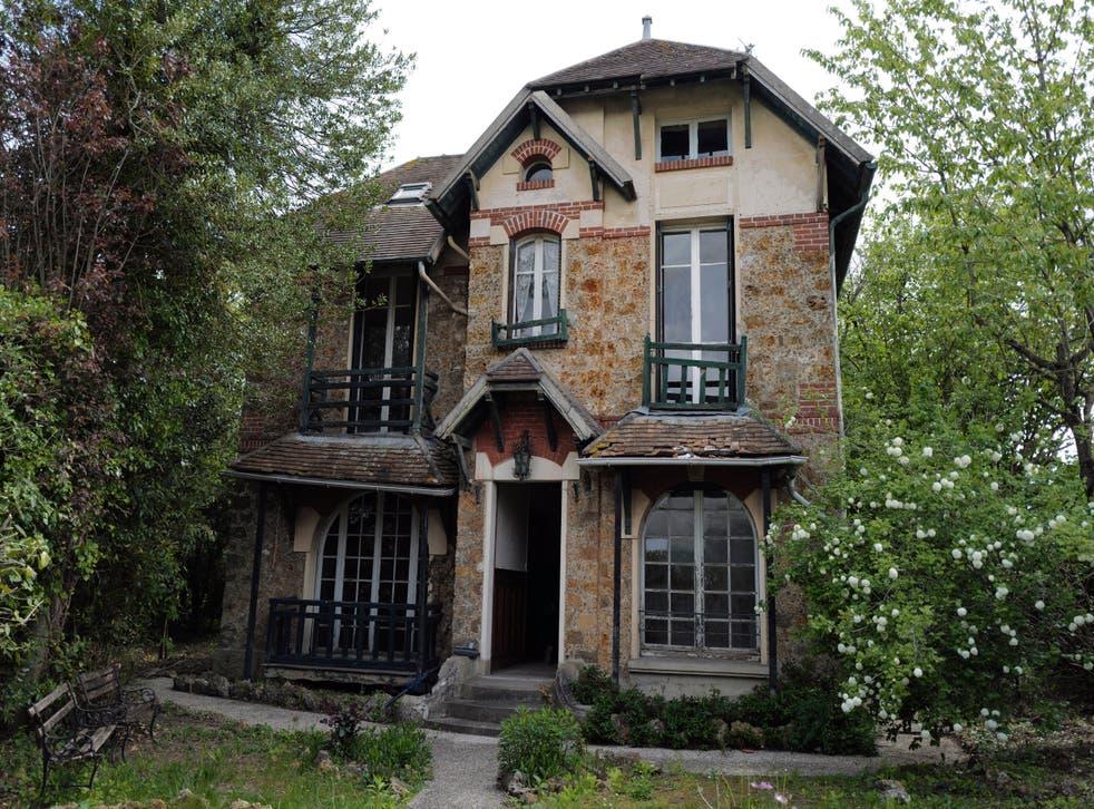 France Poland Curie House