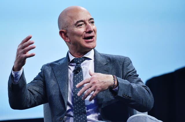 <p>Jeff Bezos signed a contract for millions of dollars to supply tech services to the IDF, the Israeli army.</p>