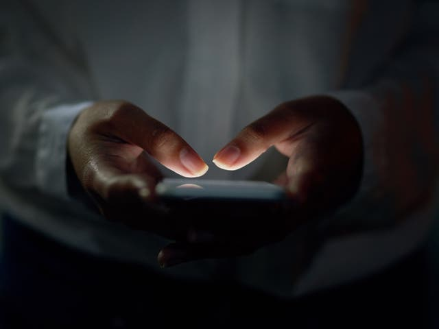 <p>SMS text messages will be sent to all phones in the vicinity of the scene of an incident causing risk to life</p>